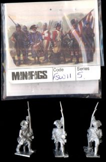 Minifigs 25mm Seven Years War FSW 11 French Line Musketeer Marching (x 3)